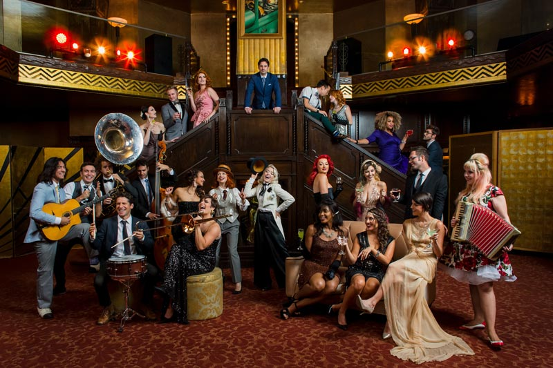 picture POSTMODERN JUKEBOX v Plzni