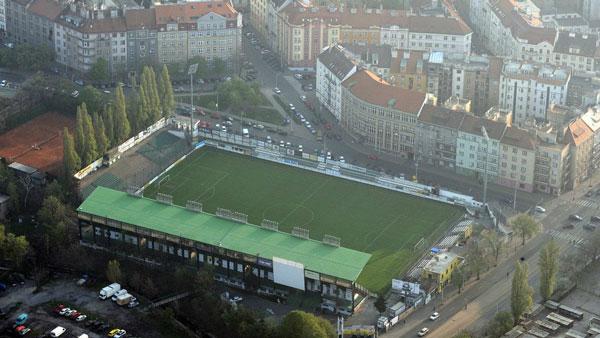 picture Stadion Ďolíček, Vršovická 1489/31, Praha