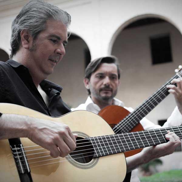 Úchvatný svět španělské kytary: Cortés & Gallardo